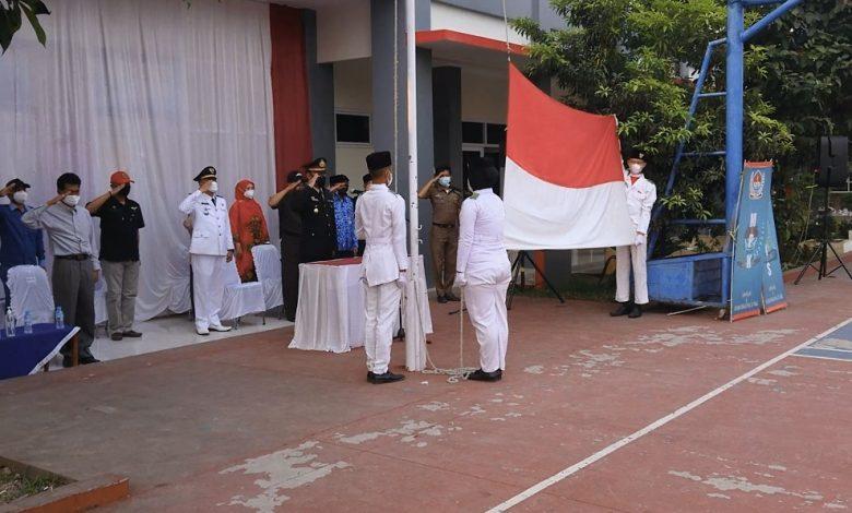 Forkopimcam Bojongpicung Gelar Upacara Bendera Merah Putih di SMKN 1