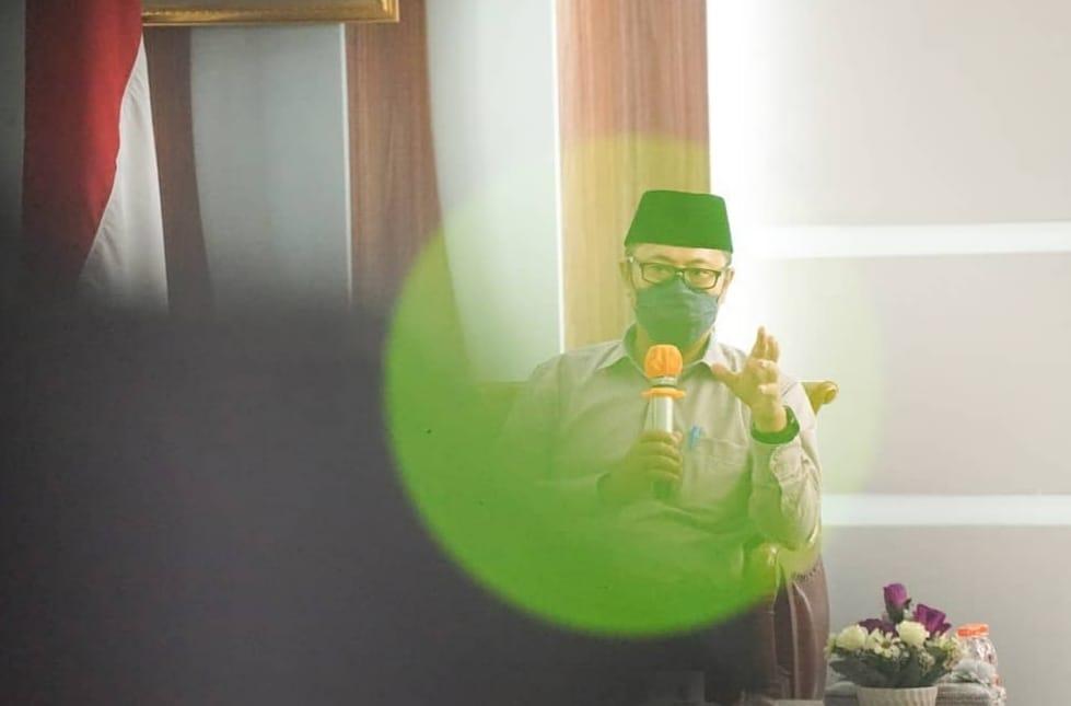 Pemkot Sukabumi Raih Piala AEG