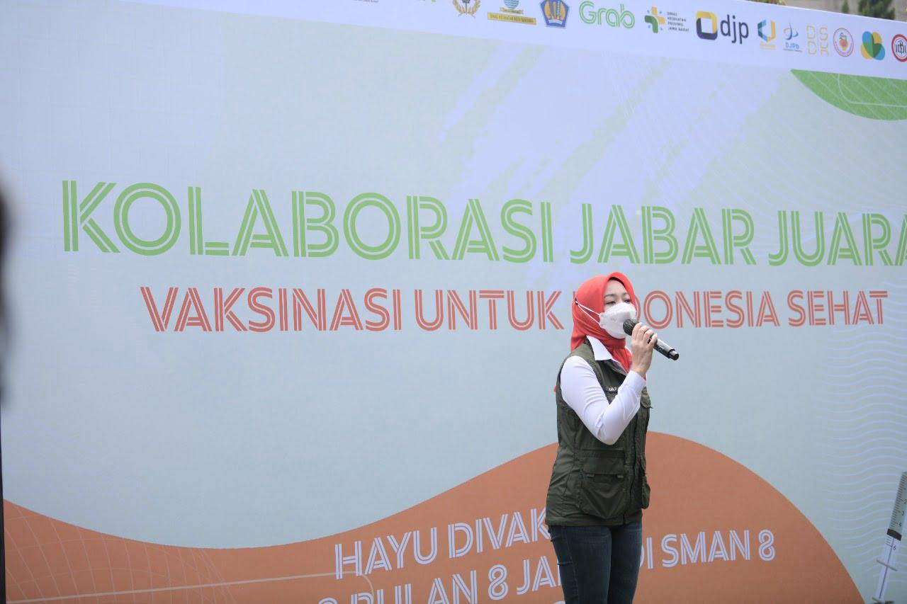 Vaksinasi SMAN 8 Kota Bandung