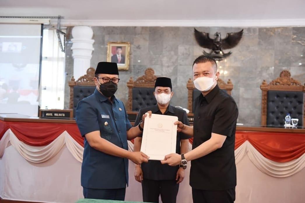 Rapat Paripurna DPRD dengan Pemkot Sukabumi Bahas 3